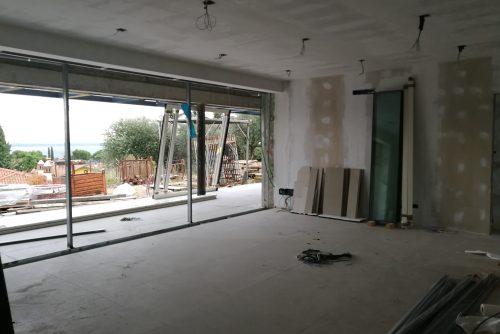 Lavori in avanzamento, pareti, soffitti e pavimenti