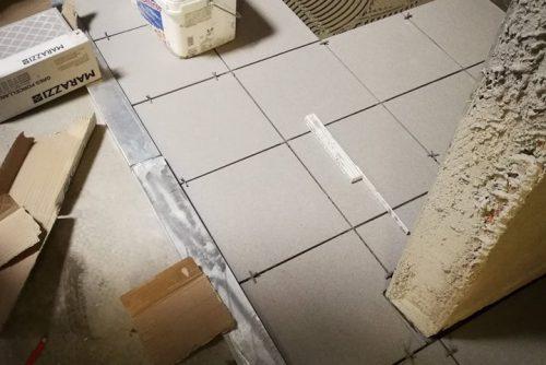 Direzionale Bedizzole - Posa di pavimenti e di rivestimenti in Gres