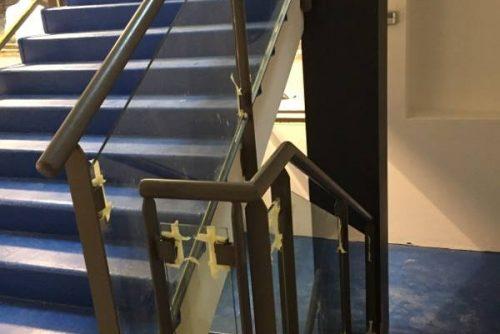 Rivestimento scale con teli in PVC