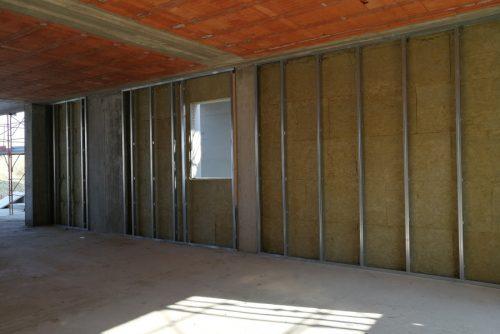 Residenziale Padenghe - Realizzazione di contropareti interne con isolamento termico.